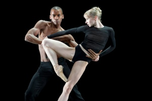 Eric Underwood and Melissa Hamilton in Infra © ROH / Bill Cooper 2010 from www.roh.org.uk