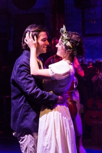 Tommy Crawford and Eloïse Eonnet in SEAWIFE (c) Caitlin McNaney