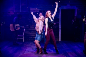 Erin Dilly and Kate Baldwin in SONGBIRD at 59E59 Theaters. Photo by Jenny Anderson Photography